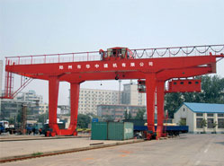 Crane for port, freight yard and Factory