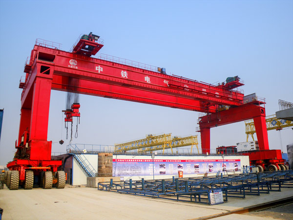 Tyred Gantry Crane